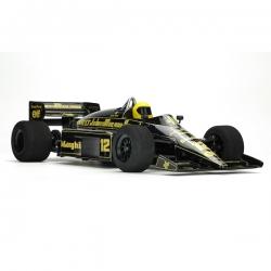 Carisma CRF-1 w Classic Team Lotus 98T